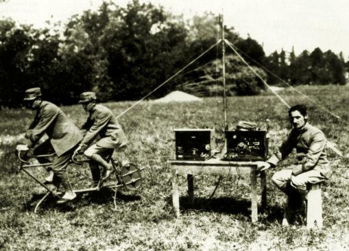 Onde radio per orientarsi e misurare le distanze.